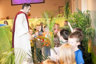 EasterForKids2016_palms