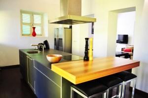Apartment - Kitchen - Scuba Lodge Curacao (yellow building)