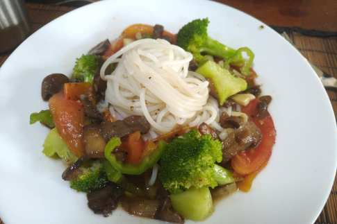 Rice Noodles and stirfried veggies
