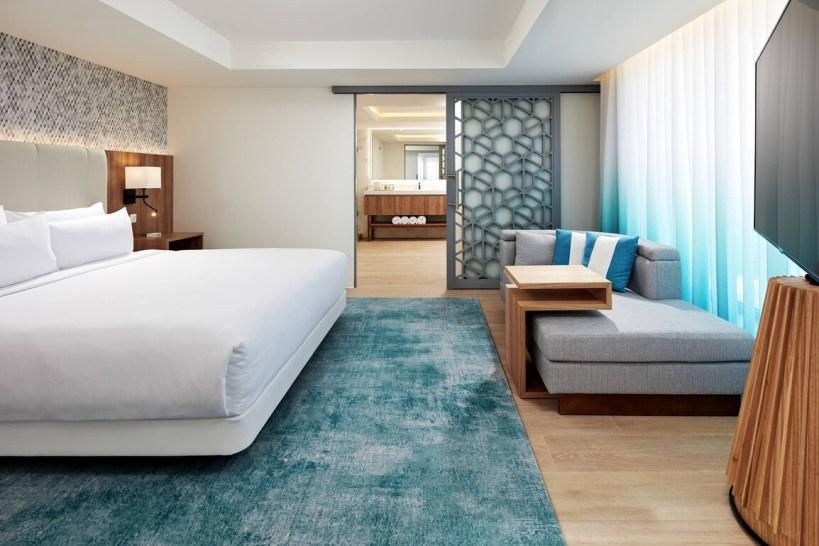 Curacao Marriott Beach Resort - Reef Club Suite - Bedroom