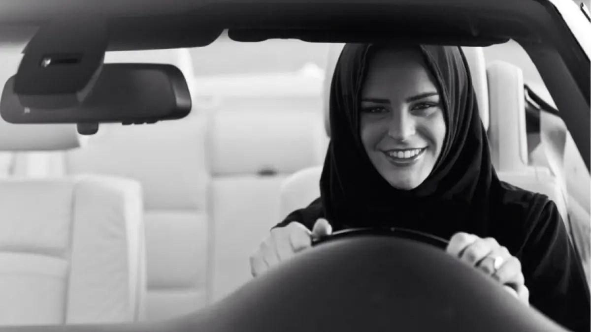 بماذا أجابت سعوديات عن أول مشوار لهن بعد قيادة السيارة