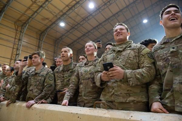 عناصر من القوات الأمريكية في قاعدة عين الأسد في الأنبار