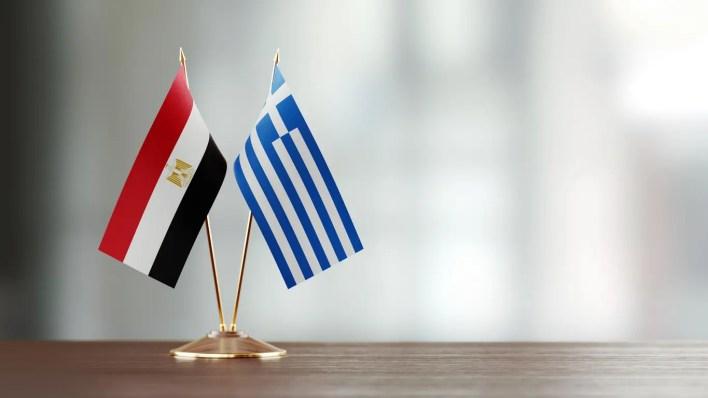 علما اليونان ومصر