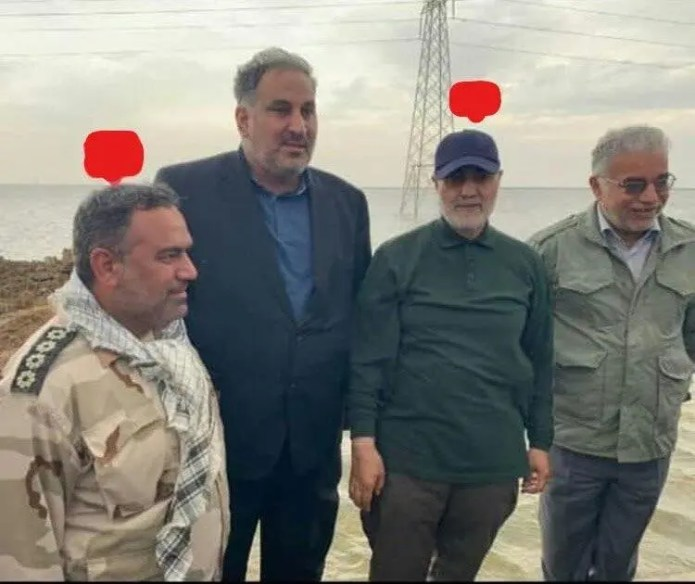 Picture of Majdami with the former Iranian Quds Force Commander Qassem Soleimani