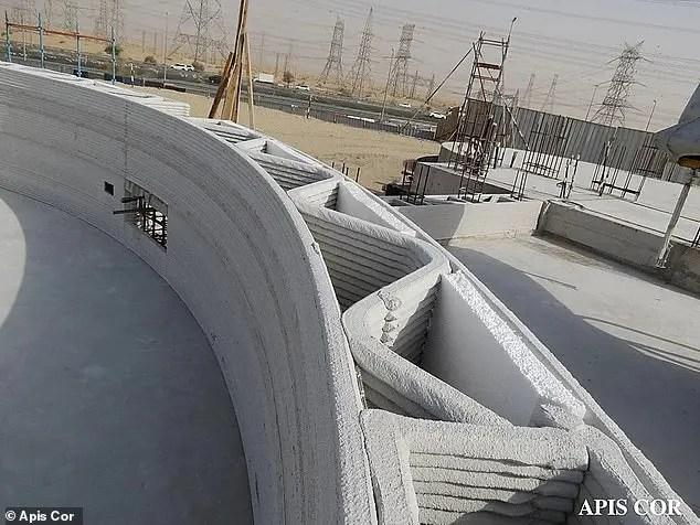أكبر مبنى مطبوع ثلاثي الأبعاد في مدينة دبي