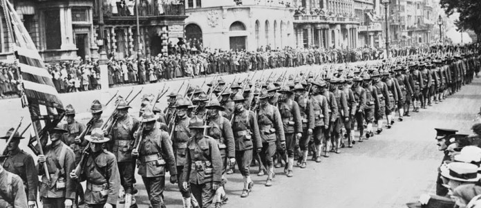 A picture of the parade of American soldiers after reaching the European scene of World War I