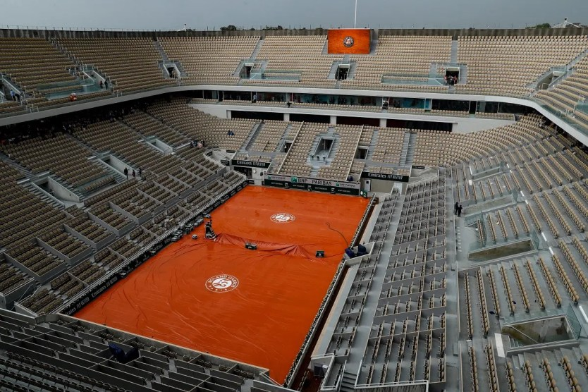 This file photo taken on June 4, last year, shows a general view of the empty Philippe Chatrier court of The Roland Garros 2019 French Open tennis tournament in Paris. (File photo: AFP)