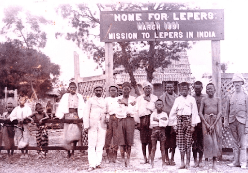 A picture of people affected by leprosy in one of the places designated for them in India