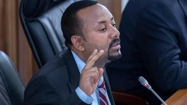 Ethiopia PM Abiy resists diplomatic pressure to halt offensive, as dozens are injured