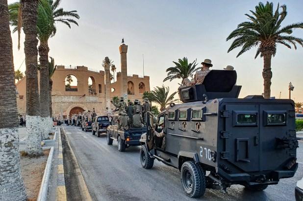 كتيبة ثوار طرابلس تستعرض في العاصمة الليبية (أرشيفية- فرانس برس)