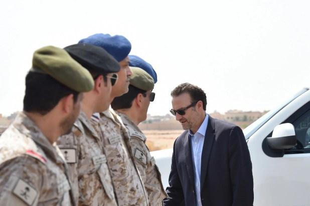 مساعد وزير الخارجية الأميركي لشؤون الشرق الأوسط ديفيد شينكر في بيروت (فرانس برس)