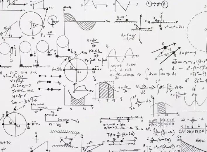 معادلات أينشتاين (تعبيرية - آيستوك)