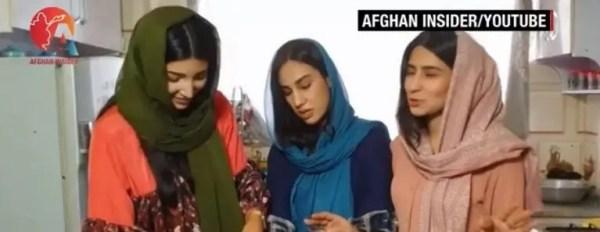 """ودعت متابعيها.. مصرع """"يوتيوبر"""" أفغانية في انفجار مطار كابل قبيل مغادرتها البلاد"""