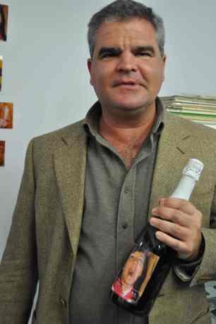 Javier Chico de Guzmán March, futuro Duque de Ahumada, Marqués de las Amarillas y Grande de España & Vida Austera Champagne