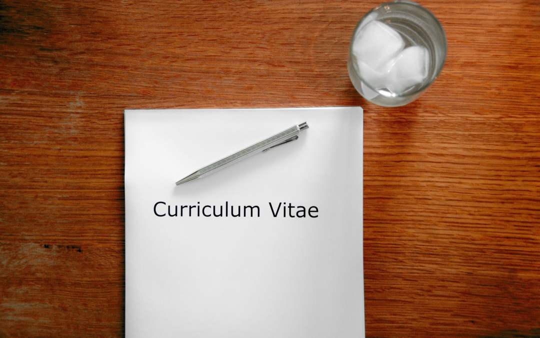 3 Ways to Make your CV Stand Out from the Crowd
