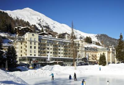 Cómo es el hotel que comparten Mauricio Macri y Sergio Massa en Davos