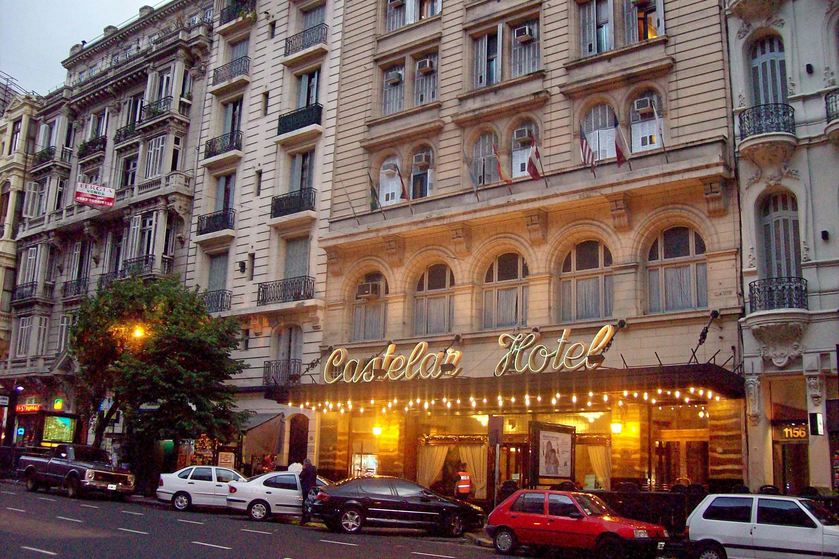 Un mes en el hotel Castelar