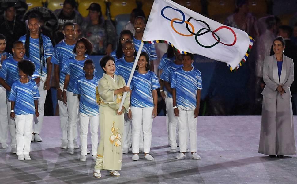 Governadora de Tóquio no encerramento da Olimpiada