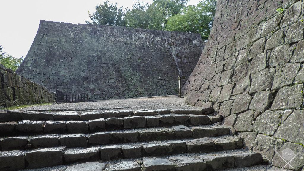 kumamoto - castelo escadaria