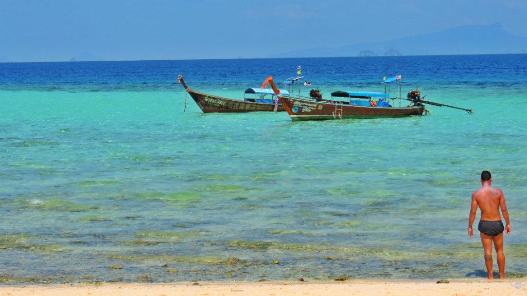 Thailand - Koh Phi Phi - Bamboo Island Augusto - Vida de Tsuge - VDT - 1024x576