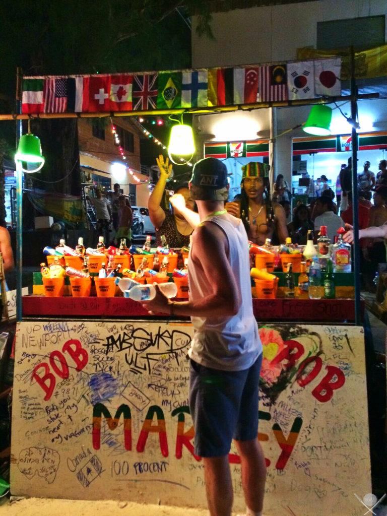 Thailand - Koh Phangan - Full Moon Party Bucket Buy - Viagens - Vida de Tsuge - VDT