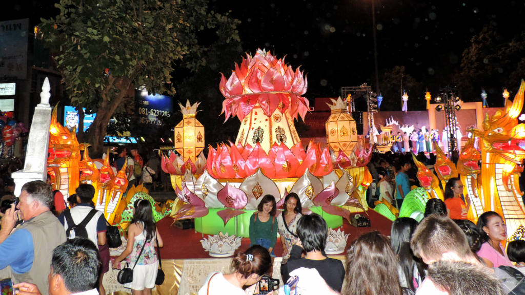 Thailand - Chiang Mai - Yee Peng Festival 3 - Viagens - Vida de Tsuge - VDT