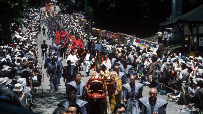 Toshogu-festival-m_120049_Vida-de-Tsuge_VDT