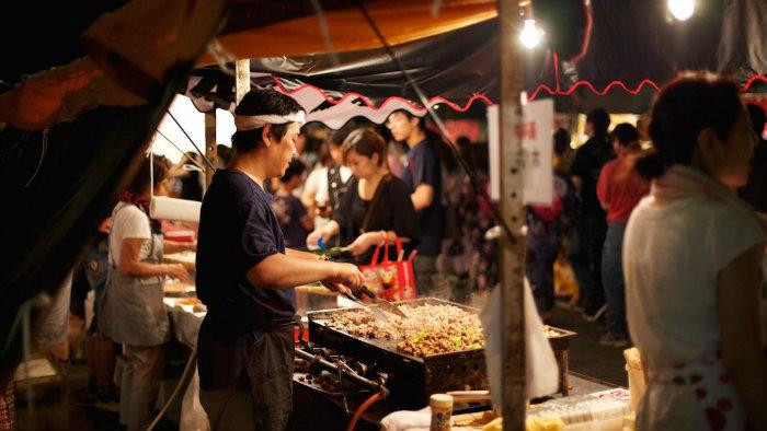 barraca-comida-gion_Gion-matsuri-em-kyoto_Cultura-Japonesa_Vida-de-Tsuge_VDT
