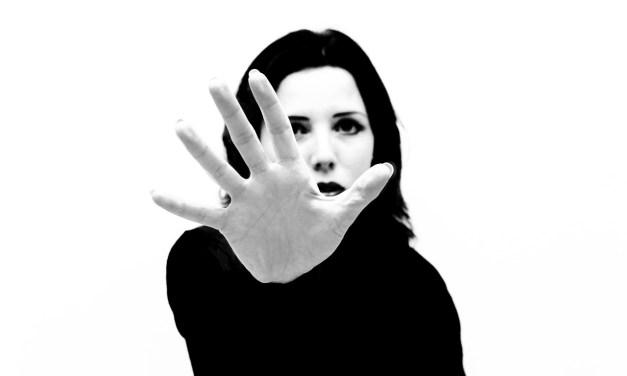 Violência contra mulher é tema da redação do ENEM 2015