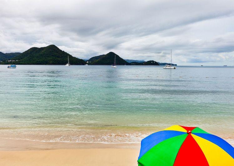 Reduit Beach