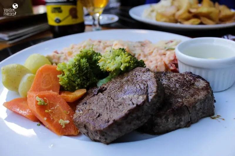 Onde comer em Curitiba: Rua 24 horas