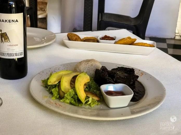 Comidas colombianas: posta negra