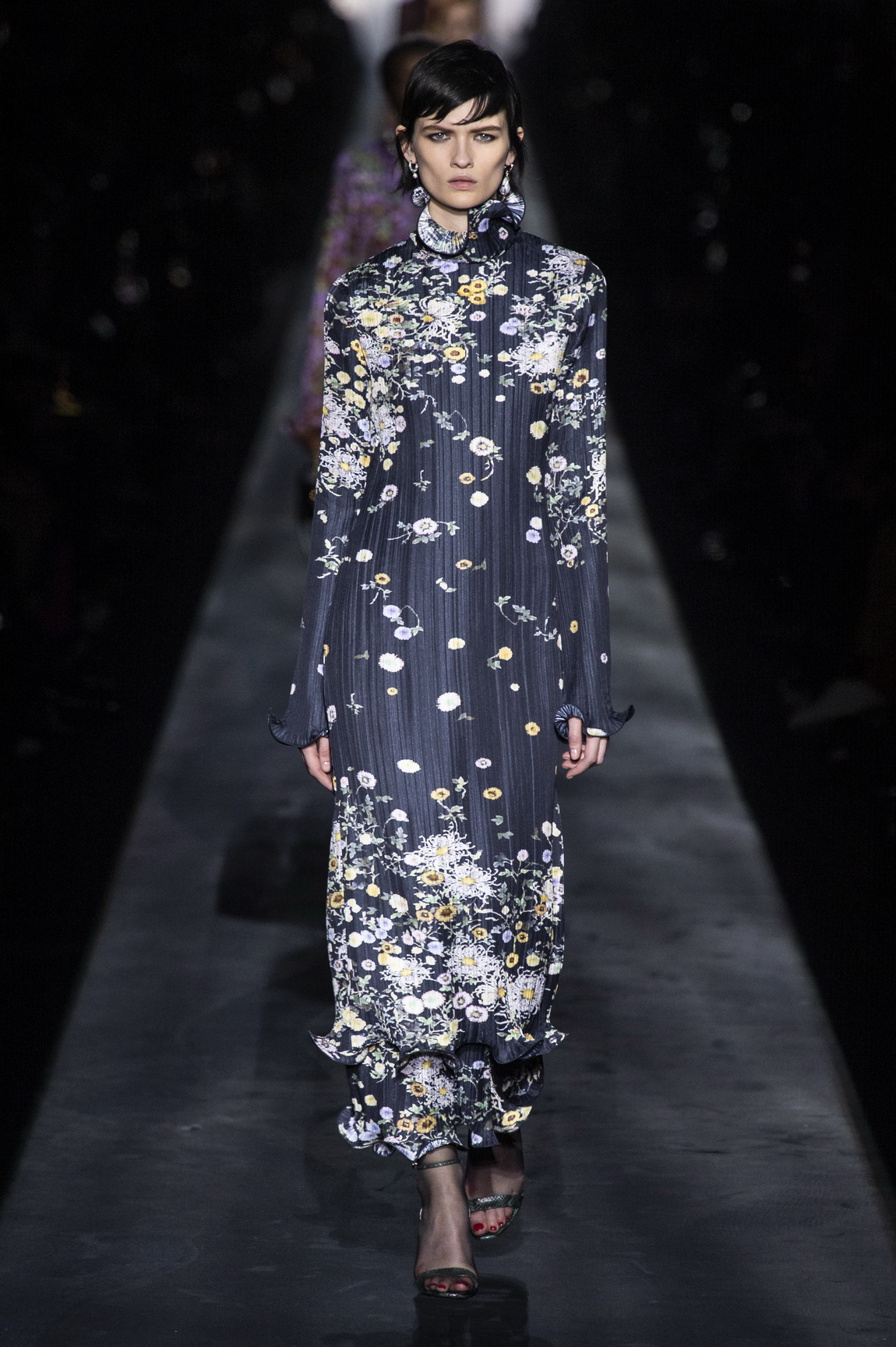 1551723675909-AW19C-Givenchy-026