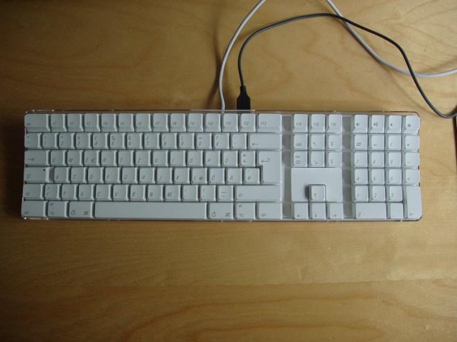 Apple A1048