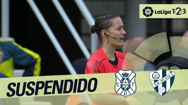 """إيقاف مباراة للاعتداء على """"حكمة"""" في الدوري الإسباني!"""