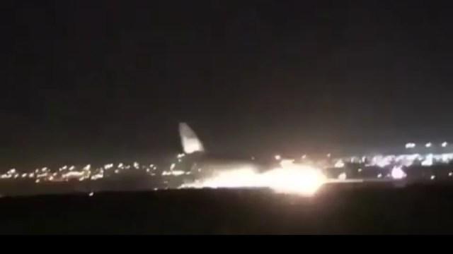 بالفيديو.. هبوط طائرة سعودية من دون عجلات