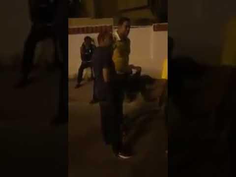 لاعبو منتخب رياضي يفترشون الأرض وينامون في الشارع بتونس..والسبب غريب!