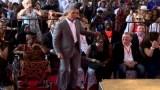 أوباما يزور بلده الأصلي كينيا ويرقص مع جدته