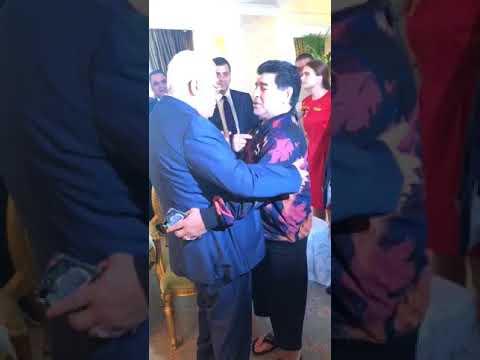 بالفيديو.. مارادونا مخاطباً محمود عباس: أنا فلسطيني