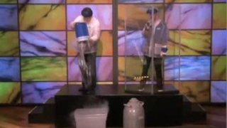 Liquid NItrogen Explosion – Steve Spangler on The Ellen Show
