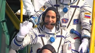 A Warm Welcome for the Space Station's New Crew on This Week @NASA – April 10, 2020