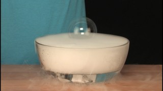 Dry Ice Floating Bubble - Sick Science! #058