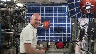 Demonstrating Rosetta's Philae lander on the Space Station