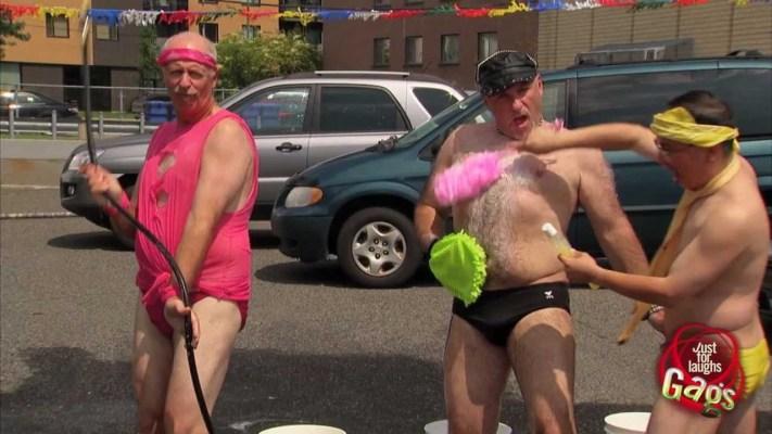 Sexy Gay Bikini Car Wash Prank