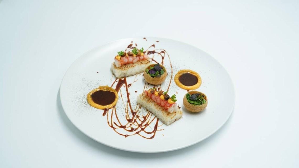 MasterChef 5 | Γαρίδες με τηγανιτό sushi rice, spicy aioli mayo, pani puri και μους αβοκάντο