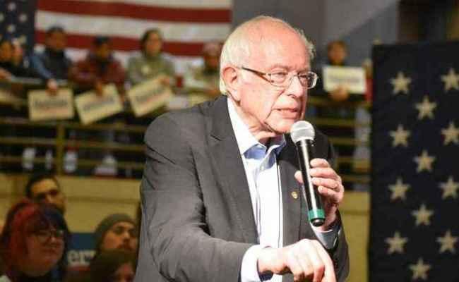 Polls Sanders Narrow Lead Going Into Iowa One News Page