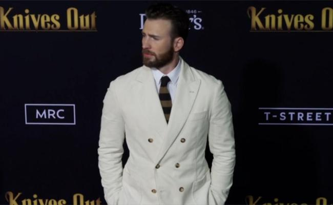 Chris Evans Uses Photo Leak To Encourage People One News