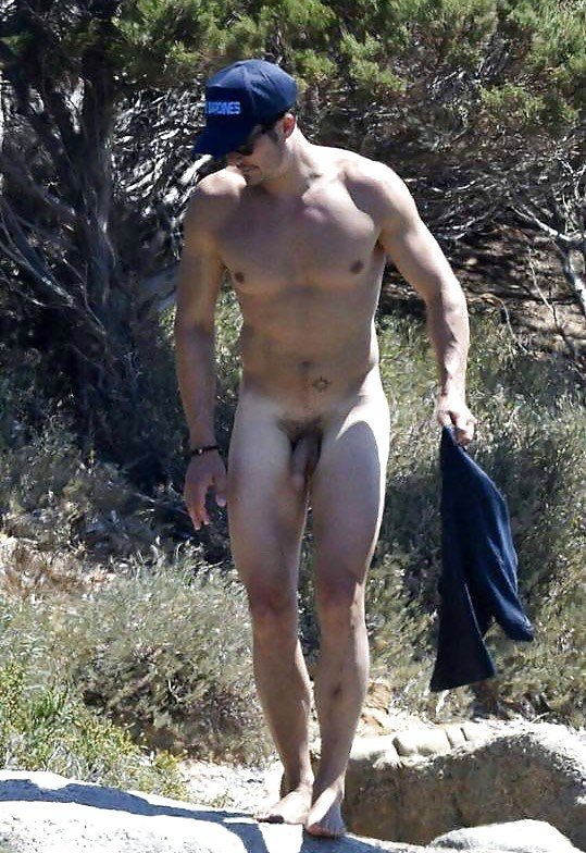 Katy Perry in bikini and Orlando Bloom fully naked in Italy 03082016  Video CelebritiesVideo