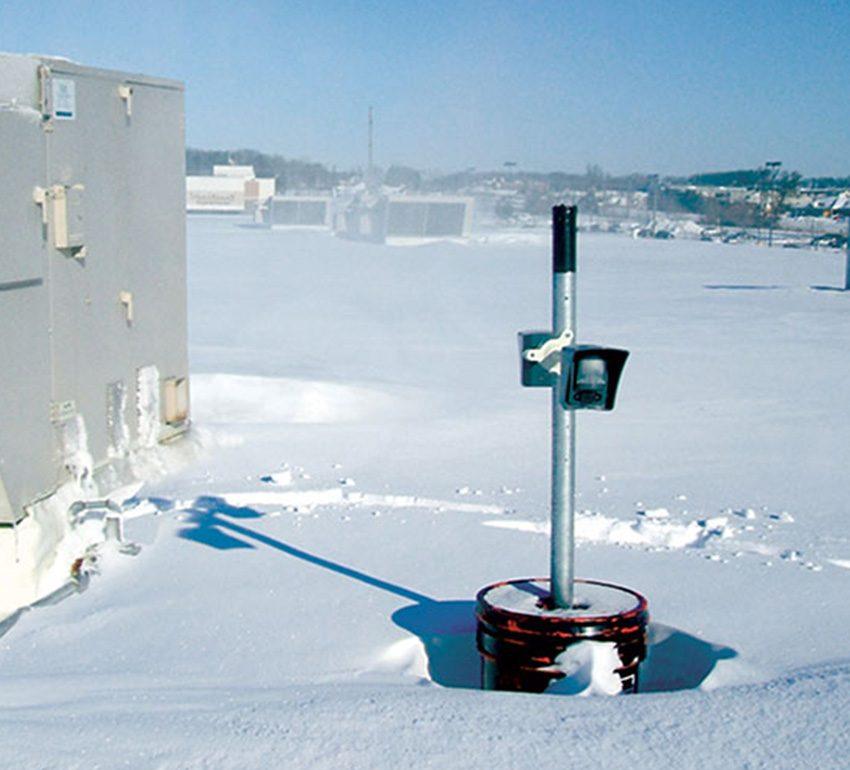 Outdoor-MotionViewer-DCV-Installation-On-bucket-Snow_LR