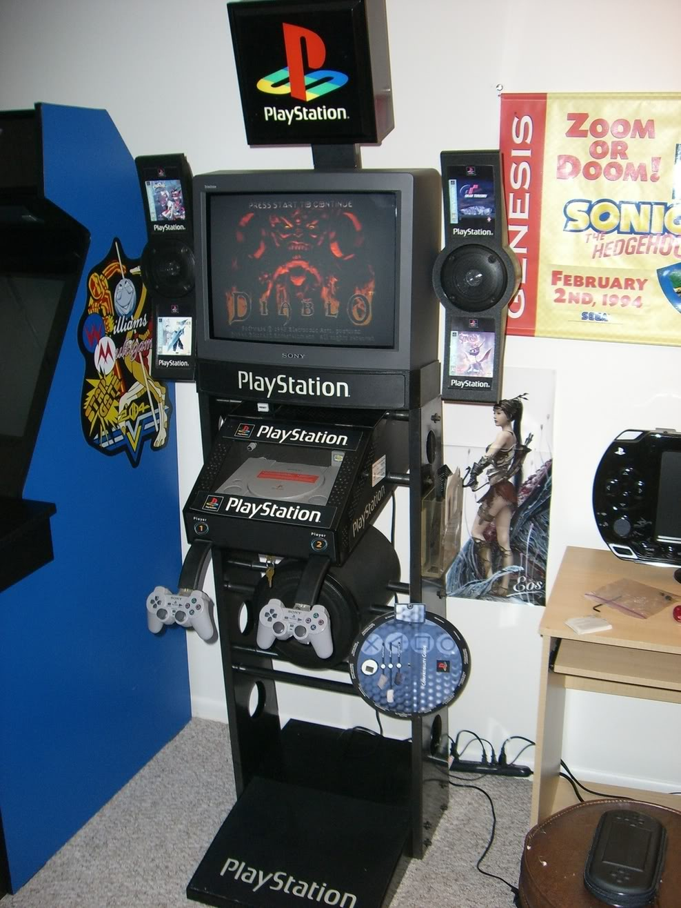 playstation 1 kiosk, ps1 kiosk, playstation kiosk
